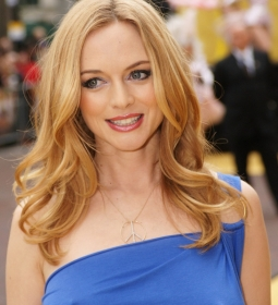 heathergraham nipples redcarpet 02